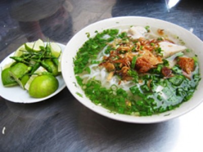 Banh Canh -  Traditional noodle soup of Hue