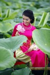 The beauty of Ao Dai Hue 2